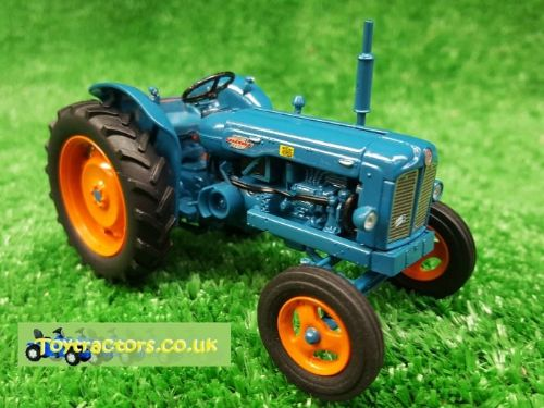 Fordson Power Major (1:32 Scale Model)
